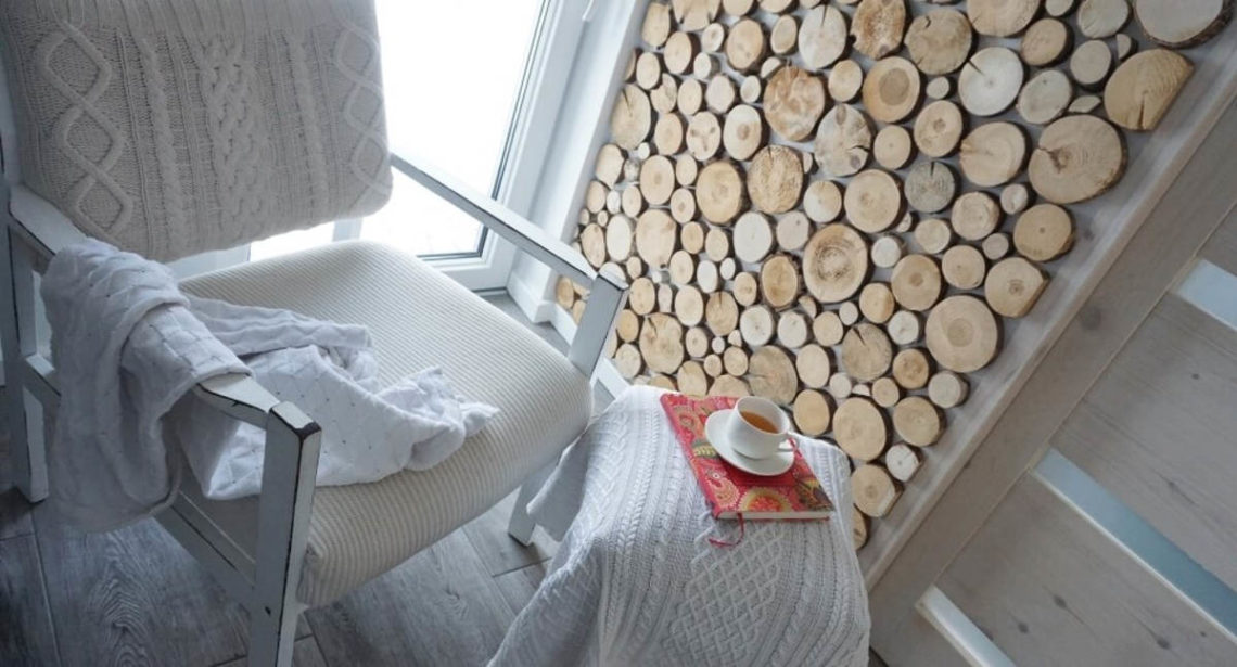 Деревянные спилы на стене DIY