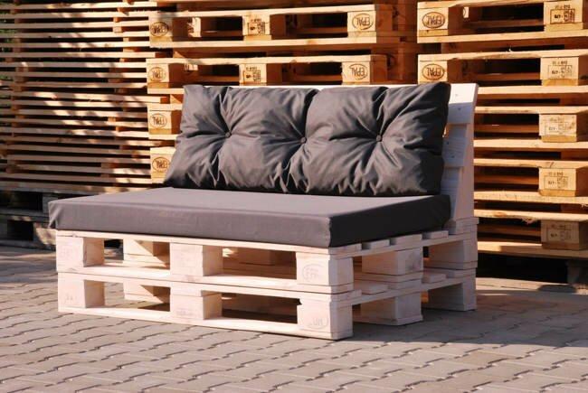 диван с поддонов