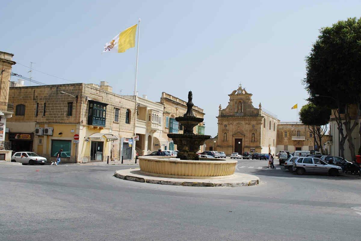 Pjazza San Franġisk_Victoriа